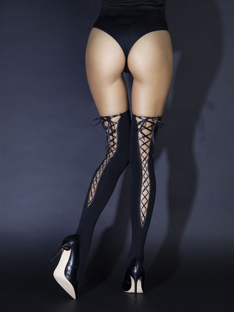Lace-up stockings at back (Sense)